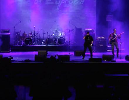 Forever goodbye Live - YouTube